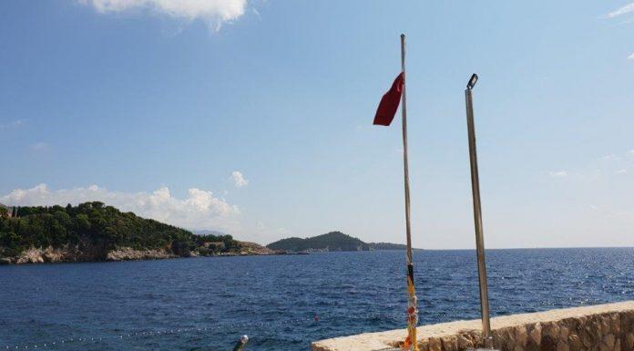 50 crvenih zastava za upoznavanje